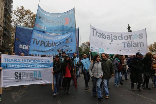 banderas_medios_publicos